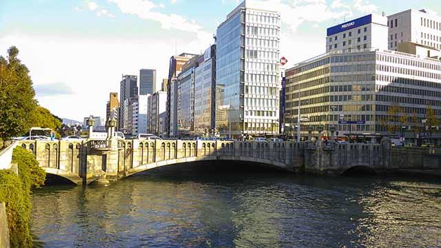 淀屋橋昼の写真